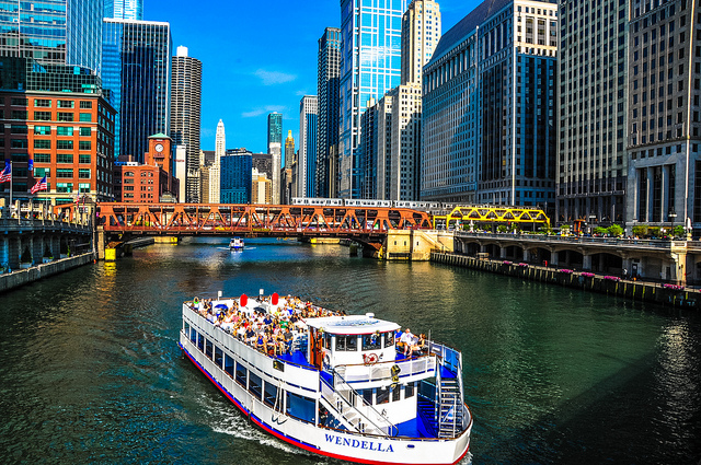 chgo-river-boat-ride -riverwalkchicago